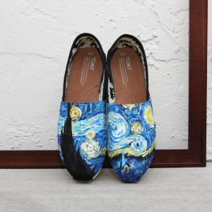 Custom, hand painted Starry Night TOMS shoes featuring Starry Night by Vincent Van Gogh.