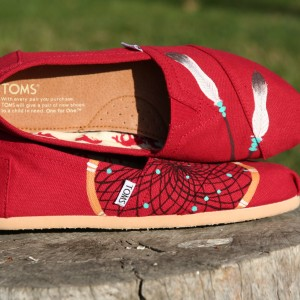 Custom, hand painted Dreamcatcher TOMS shoes featuring a hand drawn dreamcatcher with 2 feathers.